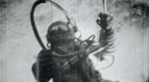 Leonov durante la sua passeggiata spaziale