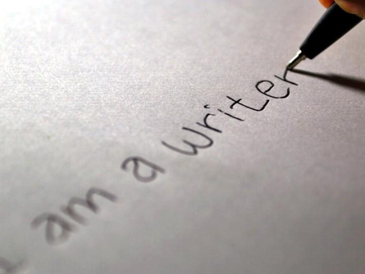 Servizio-di-scrittura-a-pagamento