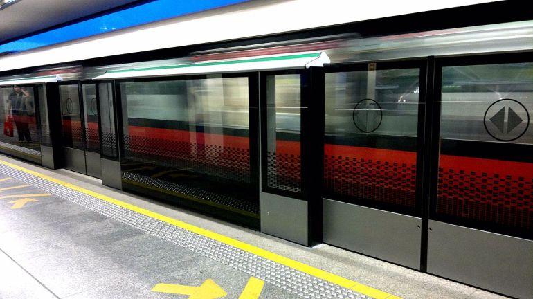 1200px-Hhpsd_boon_lay_station